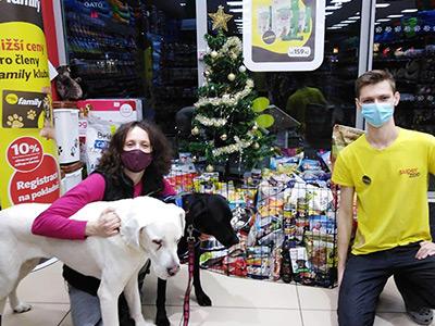 Vánoční sbírka pro útulky Super zoo